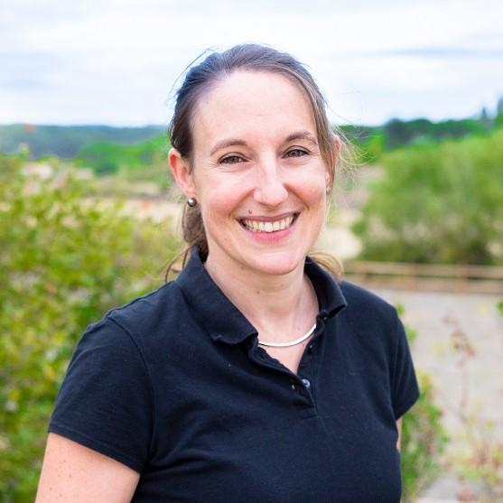 Dr Perrine Piat